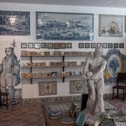 Tiles shop
